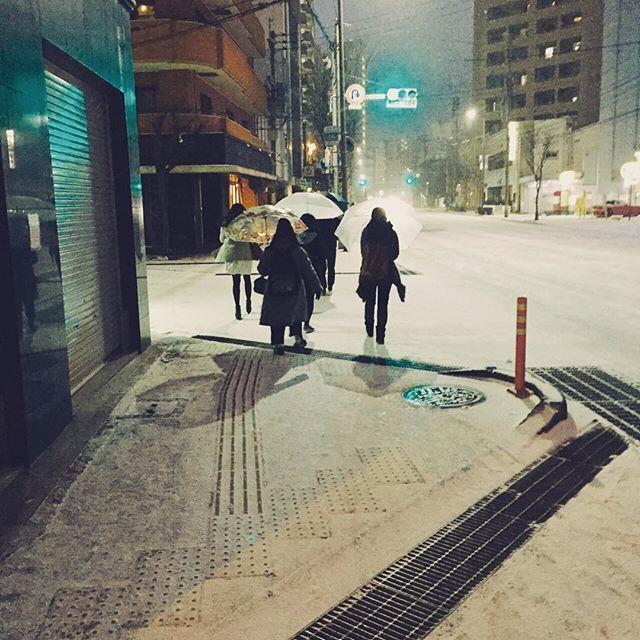 *こんな天気ですが、今から新年会に行ってきまーす*#r#rhair#rhairatelier#美容師#美容室#福岡美容室#薬院美容室#雪#snow#新年会