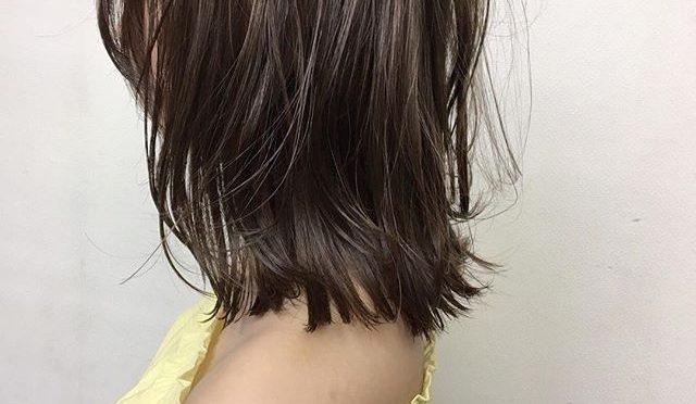 **人気のcolor#アプリエ*ミルクティーベージュ♡*ブリーチなしで明るく透明感のあるカラーにできます!手触りも◎**いつも違ったcolorでこの夏楽しみましょう♬***hair…chie@r.hair.chie**#r#rhair#福岡#薬院#福岡美容室#薬院美容室 #美容室#美容院#ヘアサロン#撮影#ヘアスタイル撮影#ヘアスタイル#ヘアカタログ #ミディアムヘア#ジョンマスターオーガニック#ジョンマスター#johnmastersorganics #ナチュラル#オーガニック#ファッション#fashion#ootd#instagood#instapic#vsco#vscocam#instagood#instahair