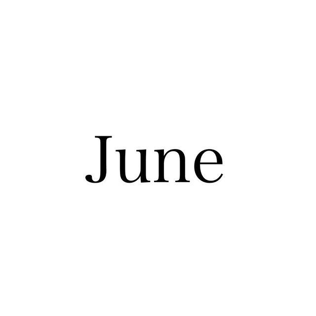 .福岡も梅雨入りしましたね︎湿気の多いこの季節に合わせたお手入れなどもご案内しておりますので、ぜひスタッフにご相談ください︎..6月のスタッフのお休みをお知らせします♪..大久保・8(金)、29(金)小田・毎週日曜日曽田・13(水)、26(火)城・5(火)、14(木).なお、毎週月曜日、第3火曜日(19日)は定休日になっておりますので、よろしくお願いします︎……#福岡美容室#薬院美容室#福岡#薬院#美容室#美容院#ヘアサロン#オーガニック#ナチュラル#ローランド#ジョンマスターオーガニック#rolland#johnmastersorganics#ユフォラ#エッセンシティ#オーガニックカラー#organic#natural#instagood#instapic#june#6月#公休日#お休み